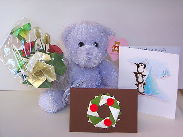 Purplebear's Christmas 2011 - origami Christmas flowers