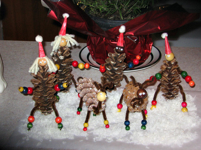 Pinecone people and reindeer